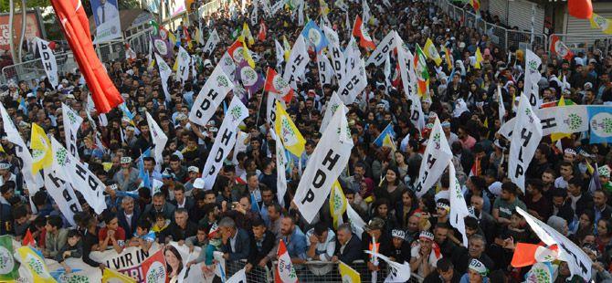 Hakkari'de coşkulu HDP mitingi