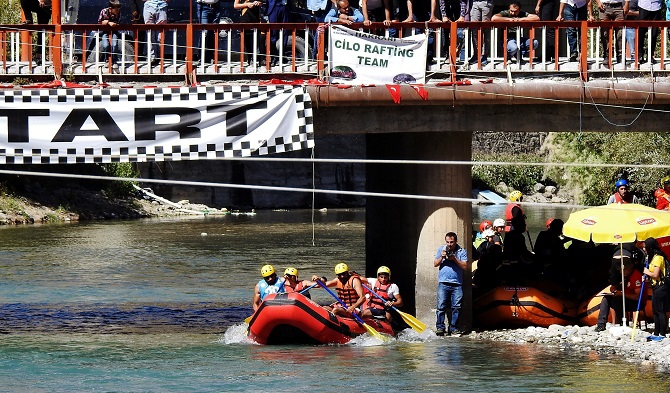 Hakkari Cilo Rafting Takımımız Türkiye üçüncüsü oldu. galerisi resim 1