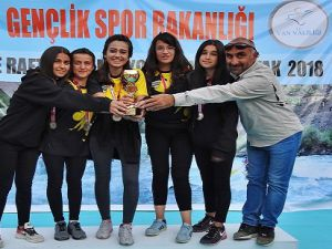 Hakkari Cilo Rafting Takımımız Türkiye üçüncüsü oldu.