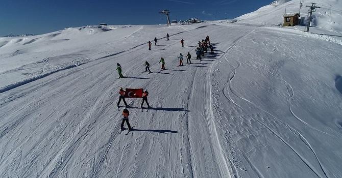Hakkari dağlarında kayak sezonu açıldı galerisi resim 1