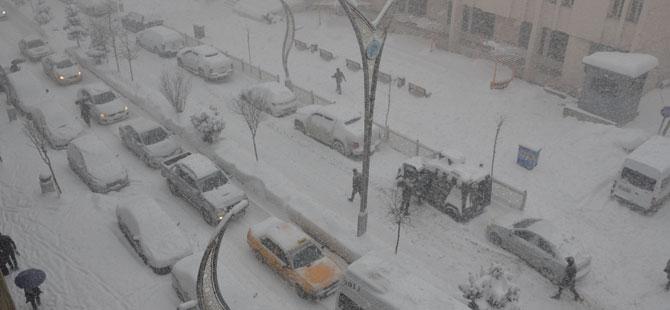 Hakkari'de kar yağışı! galerisi resim 1