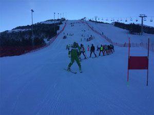 Hakkari Kayak takımı Erzurum'da 9 madalya ile döndü