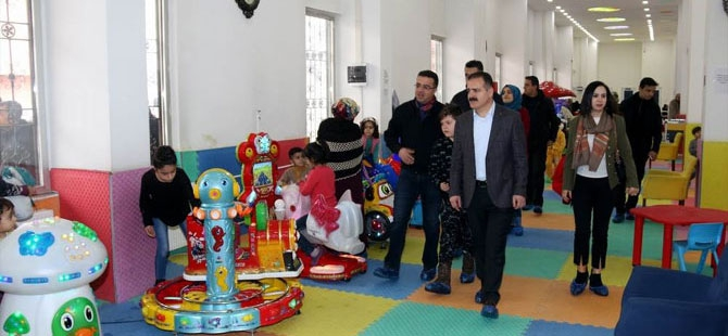 Abıyık, Çocuk Oyun ve Kültür Merkezini ziyaret etti galerisi resim 1
