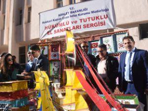 Hakkari'deki tutuklu ve hükümlüler sergi açtı