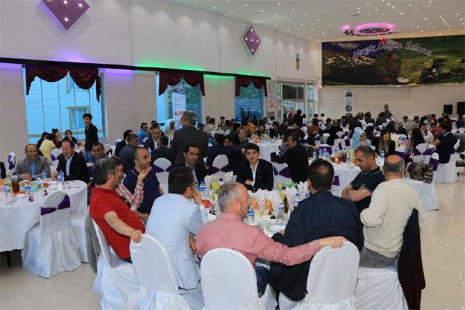 Hakkari Memur-Sen'den  iftar programı galerisi resim 1