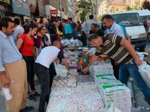 Hakkari'de bayram pazarı kuruldu!