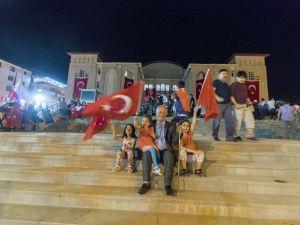 Hakkari'de 15 Temmuz yürüyüşü düzenlendi