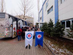 Hakkari kadın girişimciler Yüksekova'da işletmeleri gezdi