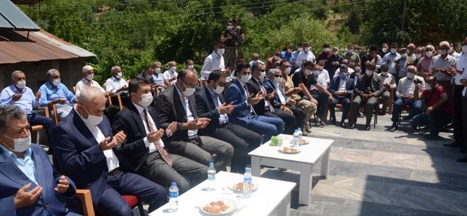 Avukat Mehmet Fatih Turan Camisi ibadete açıldı galerisi resim 1