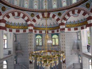 Avukat Mehmet Fatih Turan Camisi ibadete açıldı