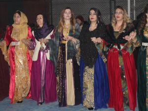 Özbek ailesinin mutlu günü