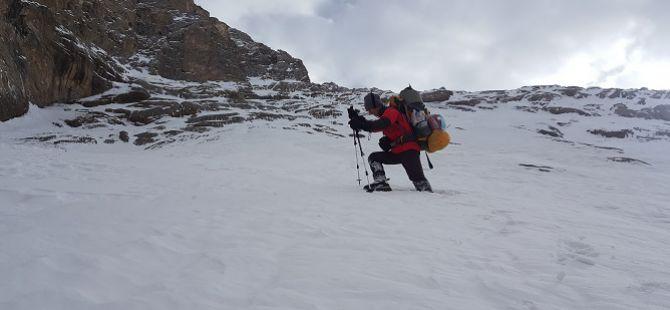 Hakkari'de Kış Mevsiminde Sümbül Dağı'na İlk Tırmanış