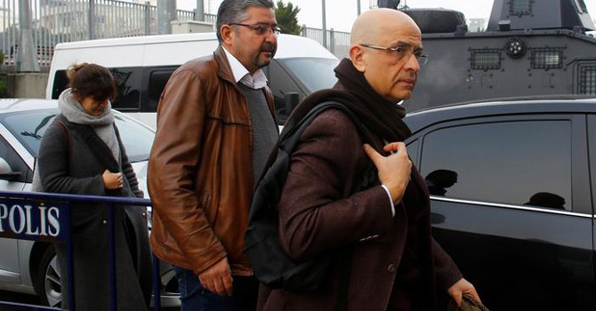 CHP'li Enis Berberoğlu yeniden yargılanacak