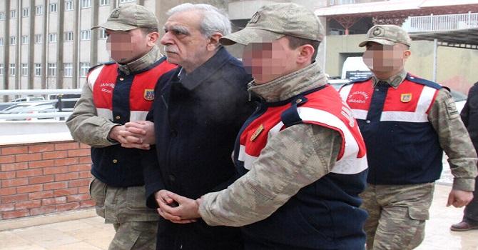 Ahmet Türk, sağlık raporu için İstanbul'da