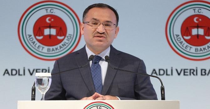 Adalet Bakanı Bozdağ'dan Batı'ya sert tepki: Aynı muameleyi görecekler