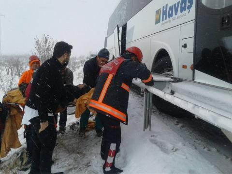 Şanlıurfa'da 30 araç birbirine girdi: 33 yaralı