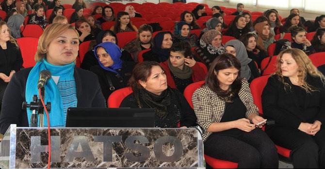 """Hakkari'de """"Kadın Sağlığı ve Kanserle erken mücadele konferansı düzenlendi"""
