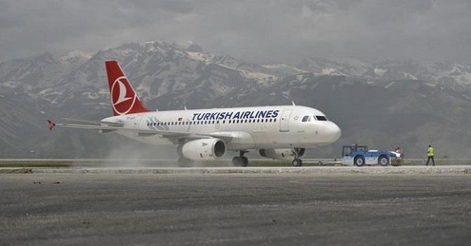 Yüksekova'da Uçak Seferi İptal Edildi