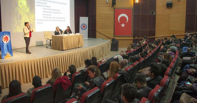 Hakkari Üniversitesinde Kadın ve Toplum Semineri