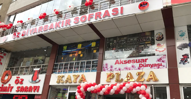 Hakkari'deki Öz Diyarbakır Sofrası satışa çıkarıldı
