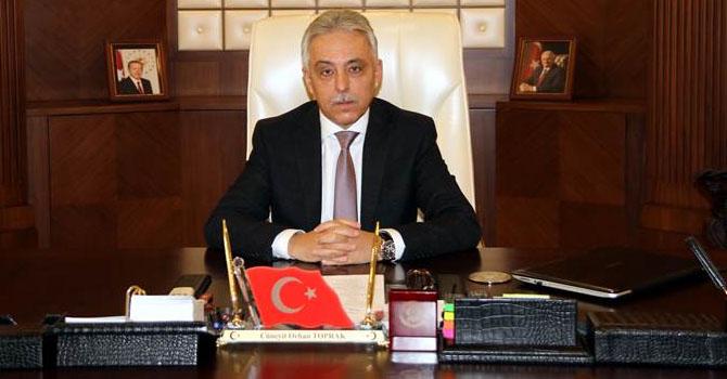 Vali Toprak'tan 'İstiklal Marşı'nın kabulü ve Mehmet Akif Ersoy'u Anma Günü' mesajı