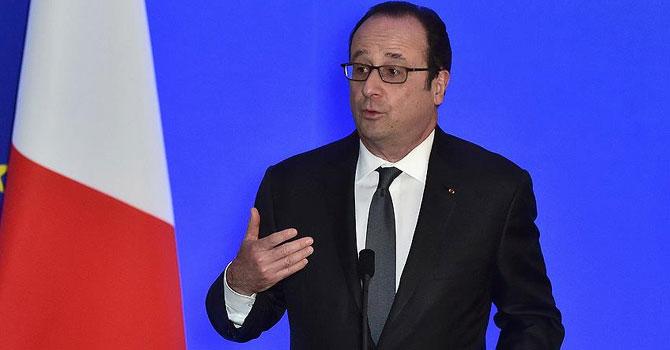 Hollande: Ankara, Afrin'de müttefiklerimizi bombalıyor.