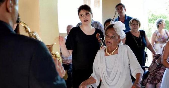 106 yaşında nişanlandı