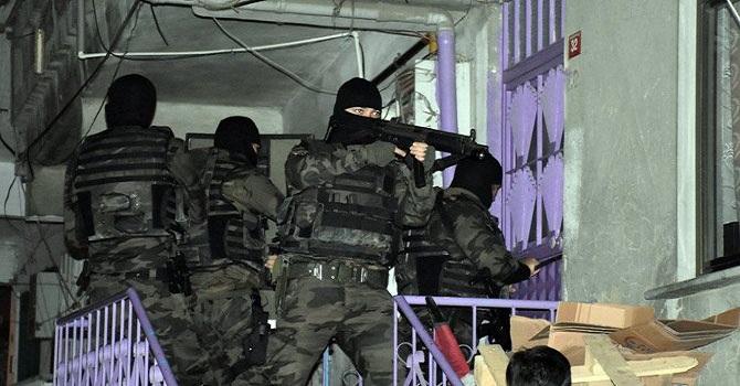 Eş zamanlı operasyon: 190 kişi gözaltına alındı