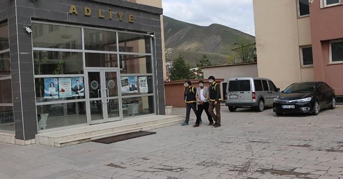 Hakkari'de yaşlı insanları dolandıran şahıs tutuklandı