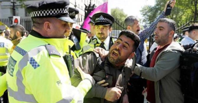 Londra'da Erdoğan'a ifade özgürlüğü protestosu