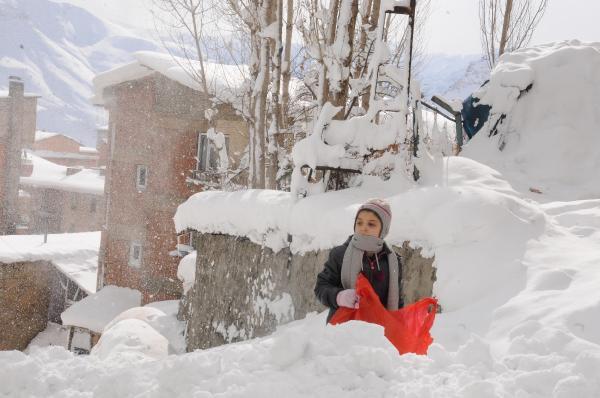 Hakkari'ye Kar yağışı geri geliyor