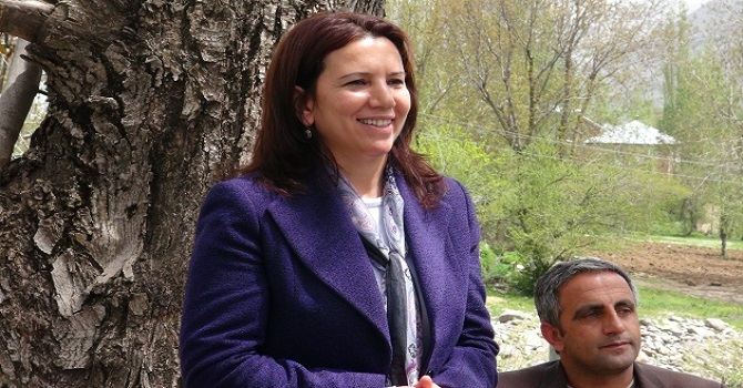 HDP Hakkari Milletvekili Kürtçe ifade verdi