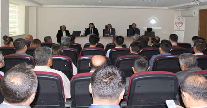 Hakkari'de direksiyon sınavı değerlendirme toplantısı