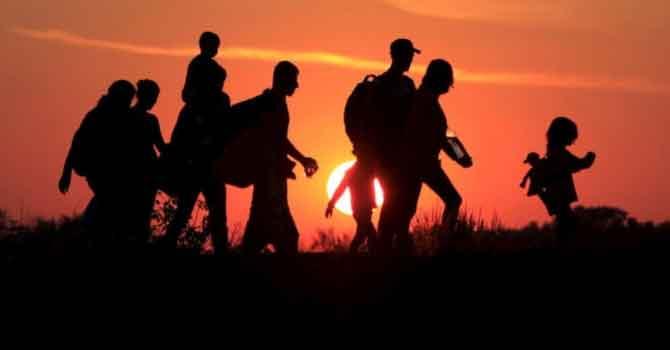 Hakkari'de 13 göçmen yakalandı