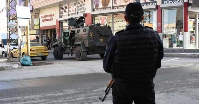 Diyarbakır merkezli 8 ilde eş zamanlı operasyon: 90 gözaltı