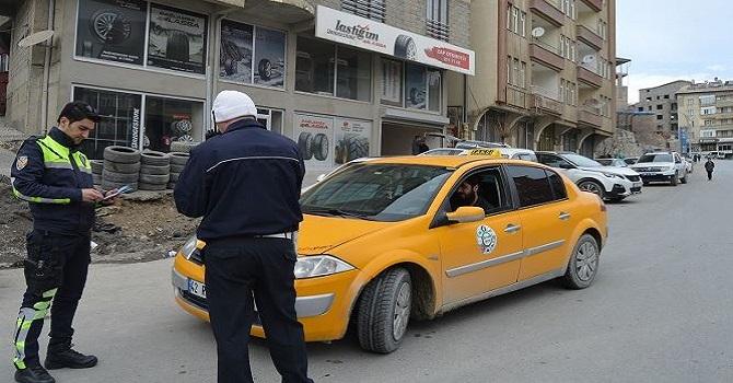 Hakkari'de valilikten taksicilere genelge