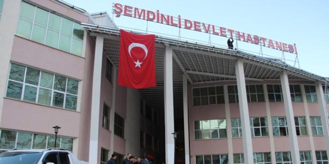 Şemdinli'de trafik kazası: 1'i ağır 5 yaralı