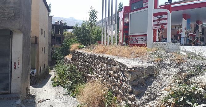Hakkari'de Yol işkencesi perde duvara takıldı
