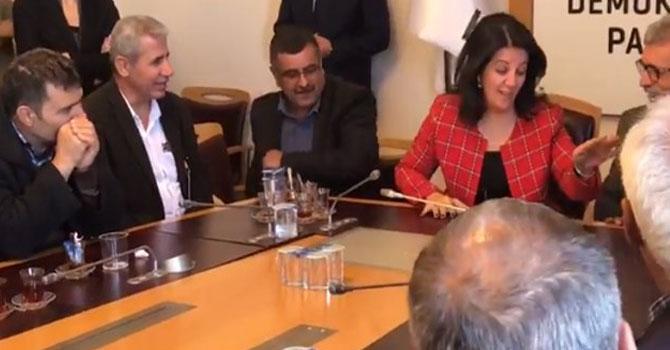 Pervin Buldan'dan misafire: Hemen bırakıyorsun başkanlığı VİDEO