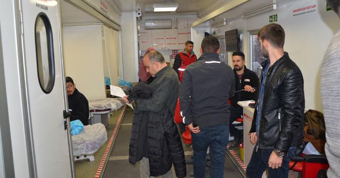 """Hakkari'de """"Kan Bağışı Hayat Kurtarır"""" kampanyası"""