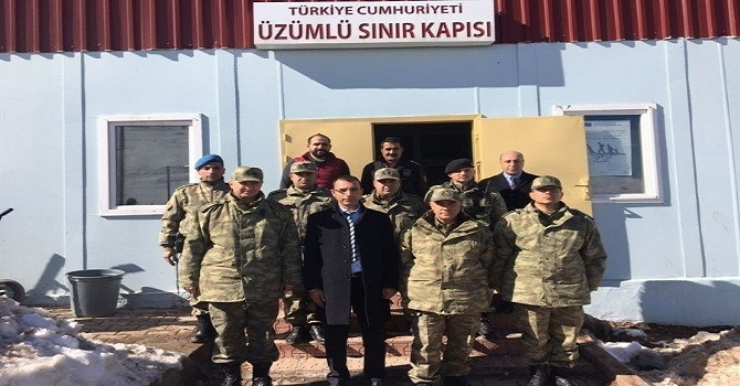 Korgeneral Çetin Üzümlü Sınır Kapısını Ziyaret etti