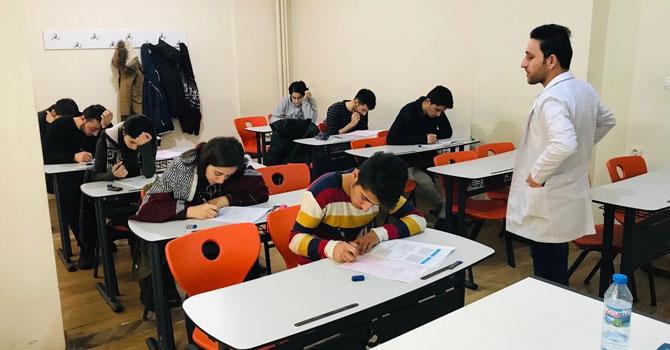 Özel Hakkari Teknokent Kolejinden deneme sınavı!
