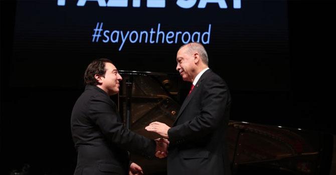 Cumhurbaşkanı Erdoğan, Say'ın konserini dinledi