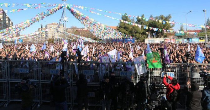 HDP'den açlık grevindeki Güven'e destek mitingi