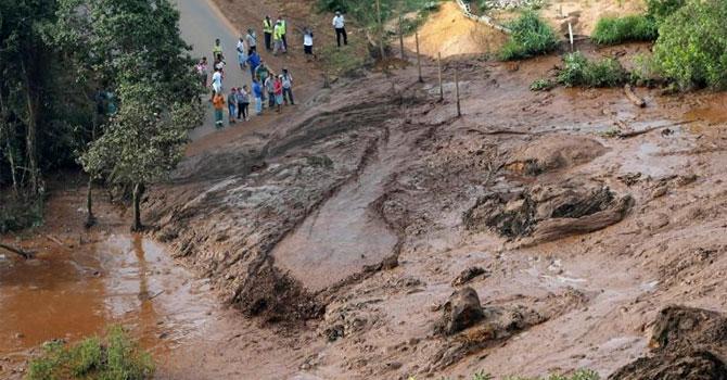Brezilya'da baraj çöktü: En az 50 kişi öldü