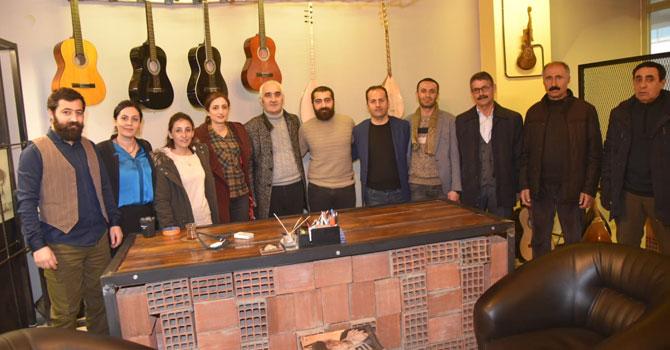 HDP Yüksekova adaylarından esnaf ziyareti