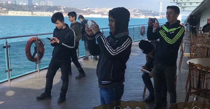 Hakkarili öğrenciler İstanbul'dan mutlu döndü