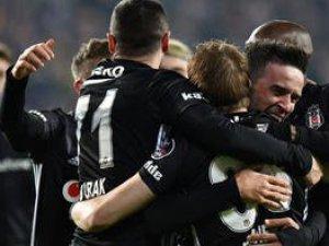 Beşiktaş Malatya'da üç puanı iki golle aldı