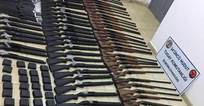 Şemdinli'de 100 av tüfeği ele geçirildi
