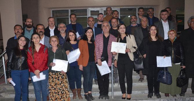 Yüksekova'da belediye eşbaşkanları mazbata aldı!